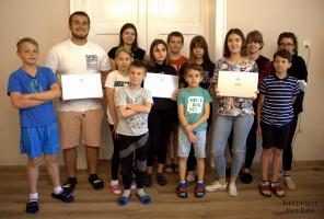 Pracownicy firmy PhosAgro Polska przekazali dzieciom sprzęt do nauki zdalnej, fot. materiały prasowe