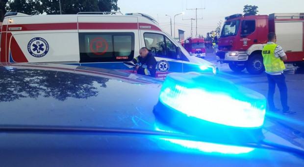 Chłopiec zeskoczył z ciągnika pod koła auta, zginął na miejscu