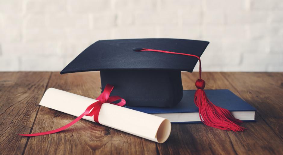 Gliński: Rząd przyjął z mojej inicjatywy Program Wspierania Rozwoju Uniwersytetów Ludowych
