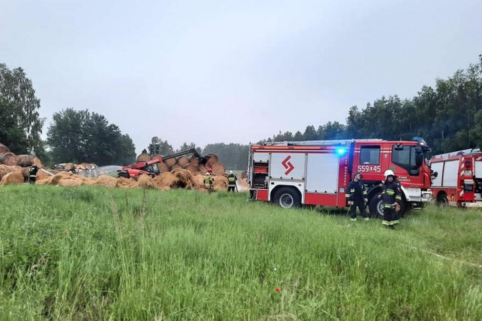 W pożarze spłonęło 150 sztuk bali słomy, Foto: OSP Mokrsko