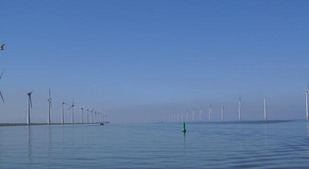 Timmermans: Polska może stać się unijnym liderem w morskiej energetyce wiatrowej