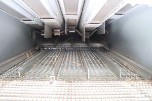 Kombajn wyposażony jest w5 wytrząsaczy ocałkowitej powierzchni 4,8 m2