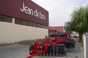 Sąd postawił firmę Jean de Bru w stan likwidacji