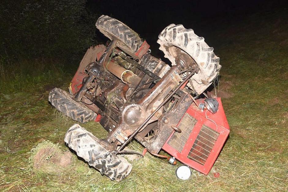 W ciągu 3 dni pod traktorami zginęło 4 małopolskich rolników, Foto: Policja