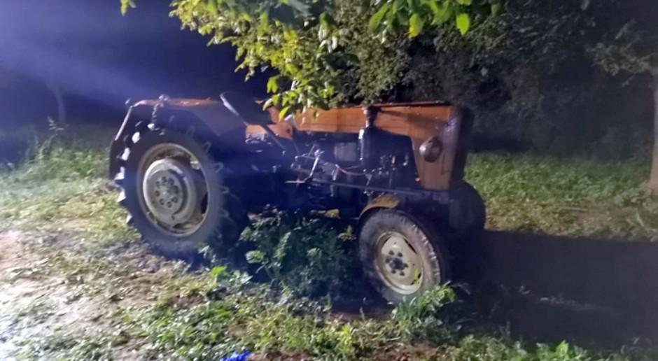 Pod ciągnikiem zginął rolnik