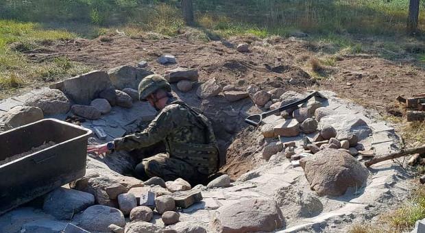 W miejscu na ognisko znaleziono kilkaset niewybuchów