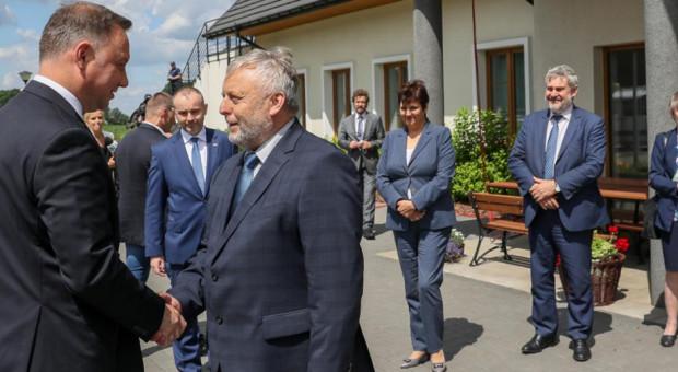 Pracownik biura izby rolniczej musi popierać prezydenta Andrzeja Dudę