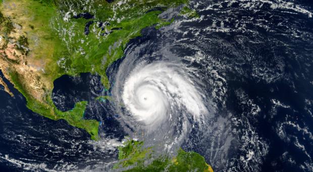 Rolnicy w pośpiechu kończyli żniwa przed huraganem