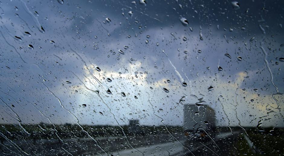 IMGW: burze z gradem w sześciu województwach