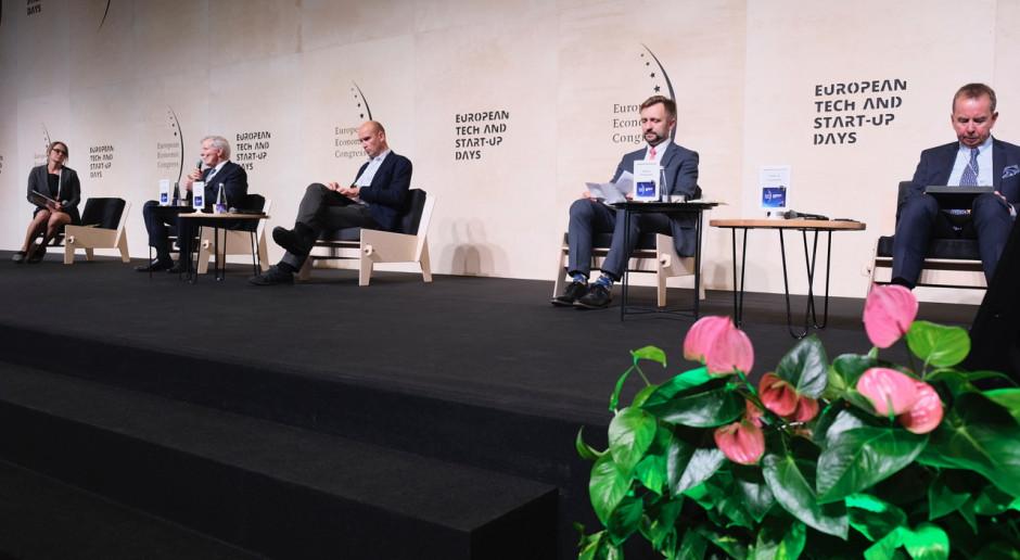 Drugi dzień EEC 2020: Rozmowy o Zielonym Ładzie z udziałem Timmermansa i Emilewicz