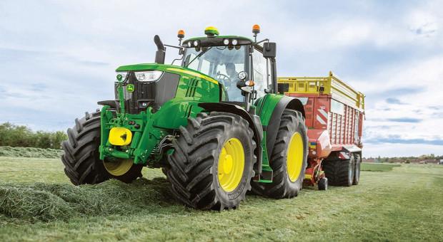 Niewielkie spadki sprzedaży nowych ciągników w sierpniu