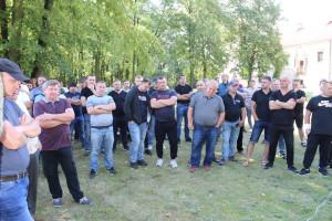 Na wiecu zjawiło się około 200 rolników, głównie z regionu łódzkiego