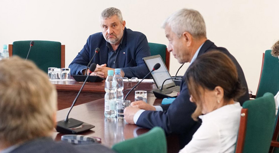 Ardanowski: są ideologie, które kwestionują rolę rolnictwa