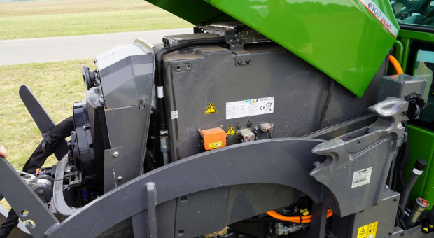 Akumulator litowo-jonowy o pojemności 100 kWh, fot.kh