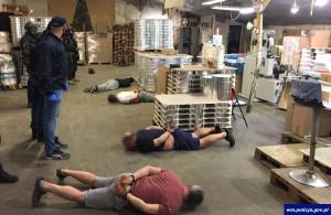 W fabryce pracowali głównie obcokrajowcy z Mołdawii, Foto: Policja