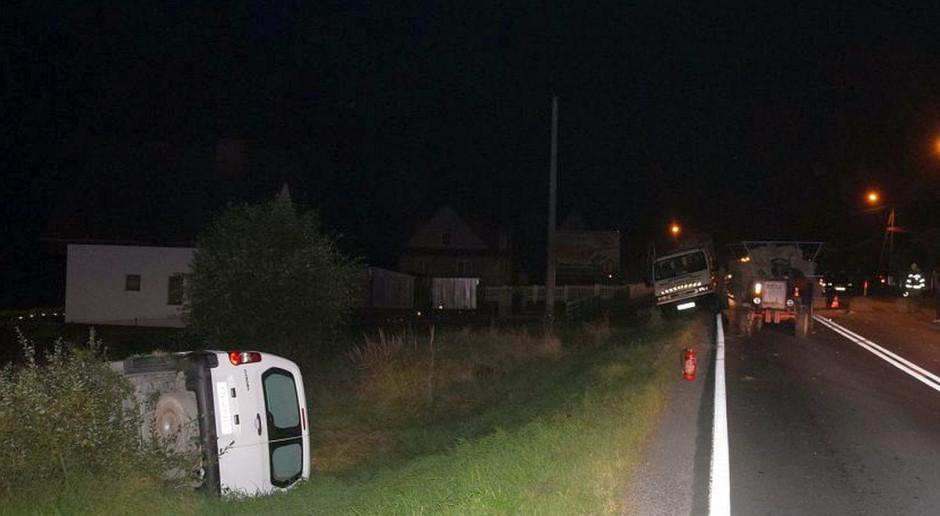 Traktorzysta uciekł po zderzeniu z samochodem