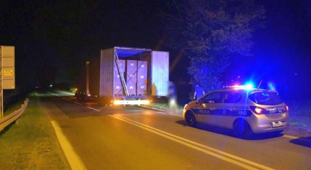 Policjanci przechwycili transport 7 ton nielegalnego tytoniu