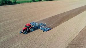 Brona talerzowa Farmet Softer 1250 Pro o szerokości roboczej 12,5 m, fot. mat. prasowe