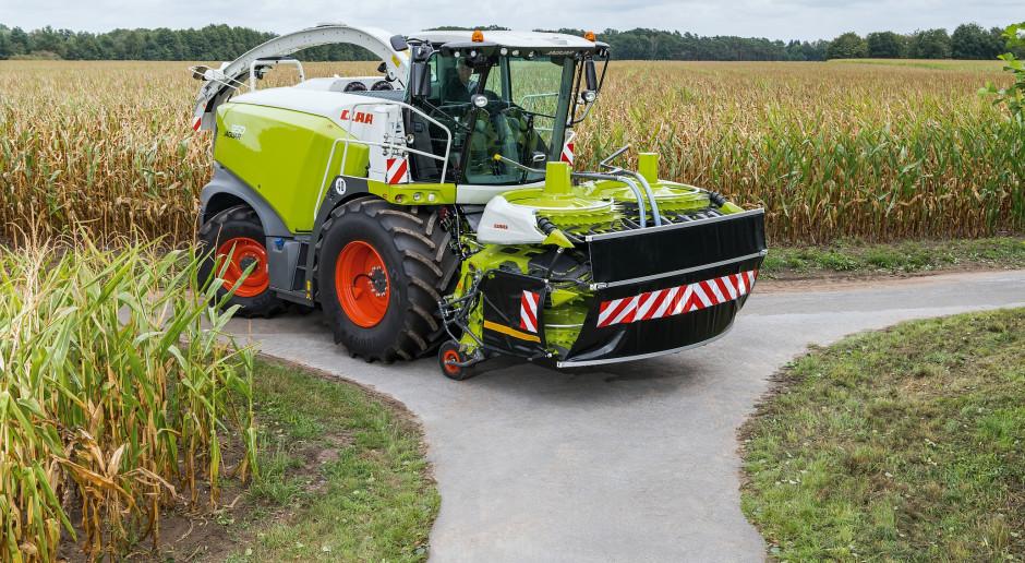 Nowy ORBIS 900 o szerokości transportowej 3 m i z automatycznym zabezpieczeniem transportowym