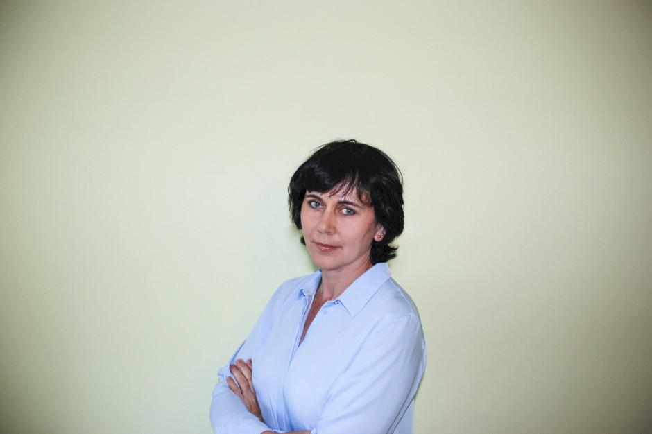 """drinż.AnnąHammermeister, dyrektor Biura PZHiPTCh """"POLSUS"""""""