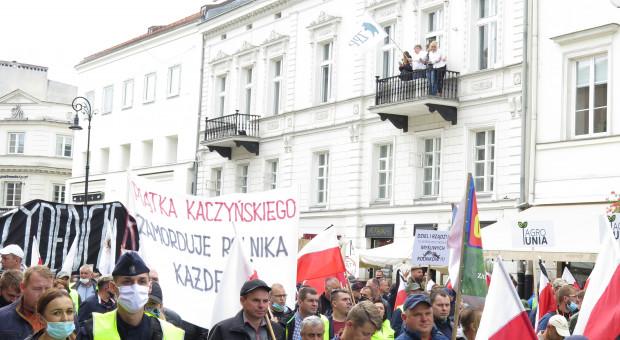Prof. Elżanowski o protestujących: zjednoczenie sił ciemnoty, chciwości i prostactwa
