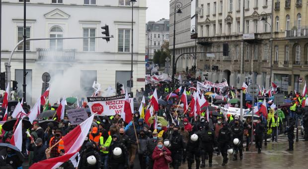 W deszczu, w chłodzie i z determinacją – jak wyglądał protest rolników