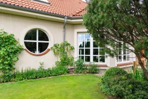 Jak zdobyć dodatkowe środki finansowe na wymianę starych okien?