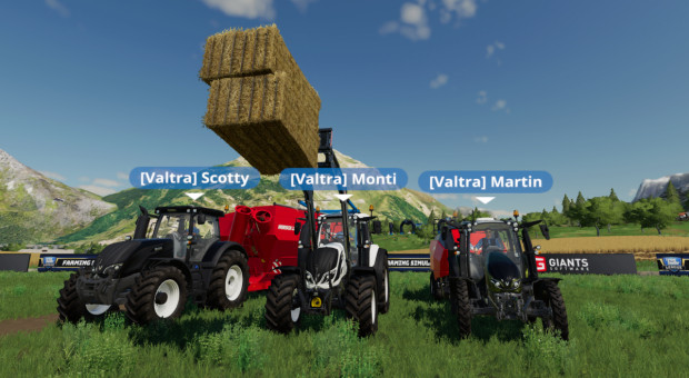Valtra w Farming Simulator League!