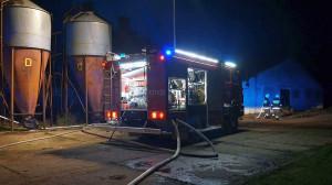 Z pożarem walczyło aż 11 zastępów strażaków,  Foto: PSP Hajnówka