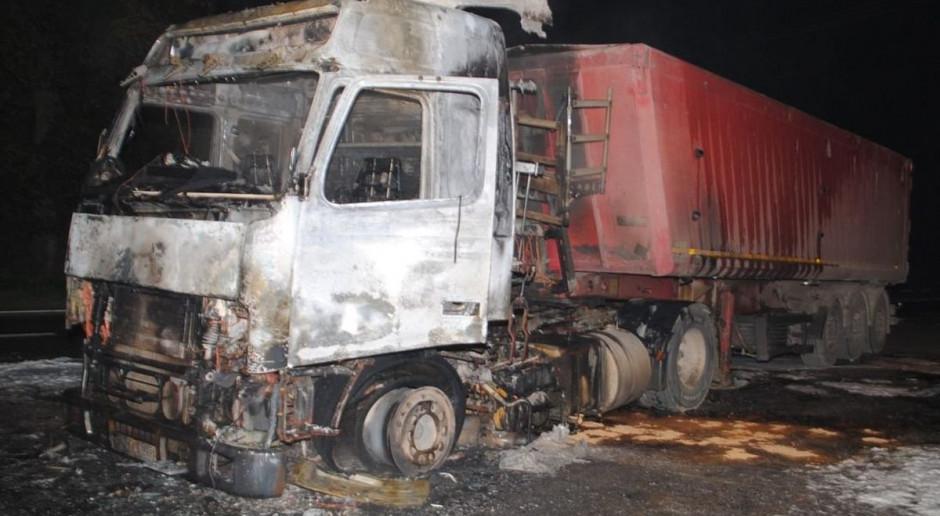 Spłonęła ciężarówka załadowana burakami