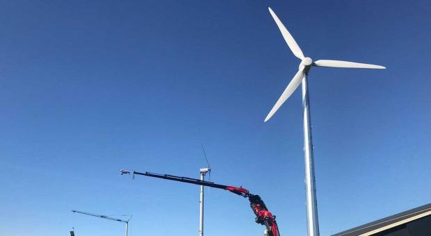 Na jakie parametry trzeba zwrócić uwagę przy wyborze turbiny wiatrowej?