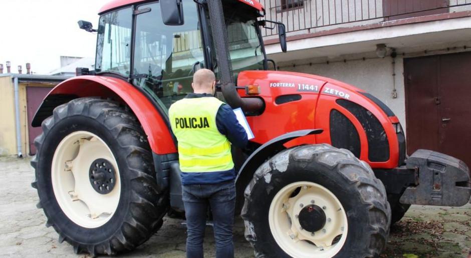 Policjanci odzyskali skradzione ciągniki