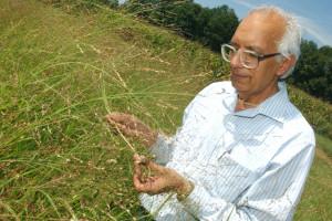 """Niezwykła postać: Rattan Lal,  """"profesor od gleby"""""""