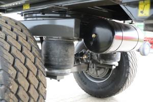 Zawieszenie pneumatyczne gwarantuje lepszy komfort jazdy oraz wyższy poziom bezpieczeństwa. fot. mat. prasowe