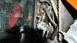 Dość częstym przypadkiem jest uszkodzony korpus pompy hamulcowej z winy niesprawnego akumulatora hydraulicznego – koszt nowej pompy to co najmniej 2200 zł netto