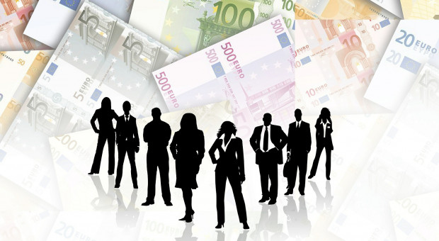 Miliony na diety za posiedzenia w kraju zarządu KRIR, czy dotacja na pracę w Brukseli?