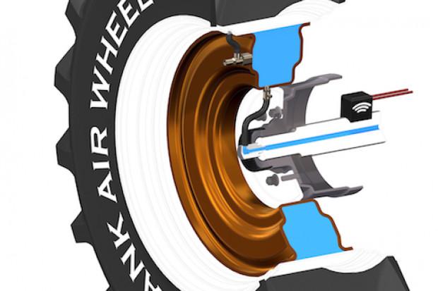 Na przekroju został ukazany zbiornik systemu Tank Air Wheel