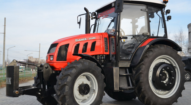 Ciągniki Farmer i reinkarnacja