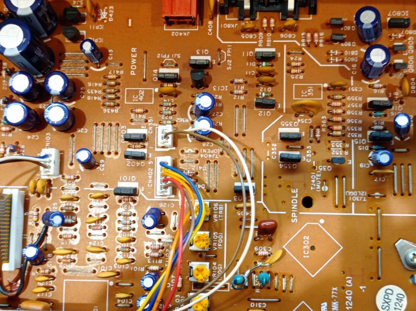 Elektronika w ciągniku. Tu liczy się jakość najmniejszego elementu. fot.AŁ
