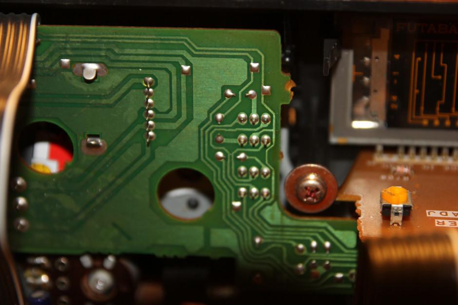 Na jakość elektroniki wpływa też jakość połączeń lutowanych. Wystarczy jeden