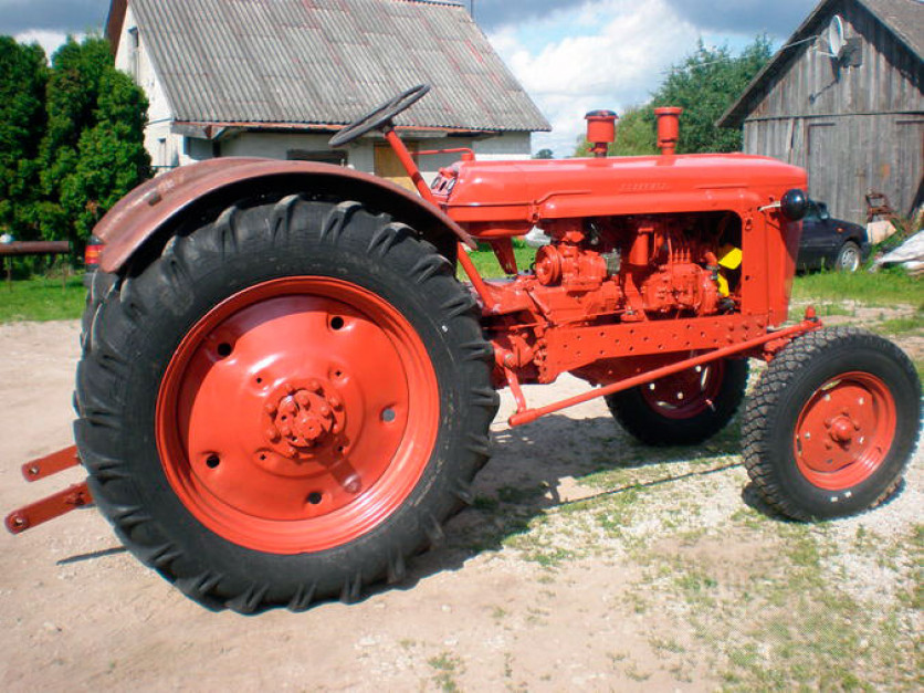 MTZ-5, fot. agromania.com.ua