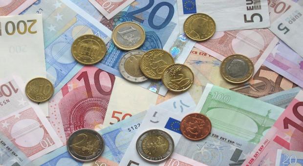 KE: Zgoda na wypłatę wyższych zaliczek dopłat