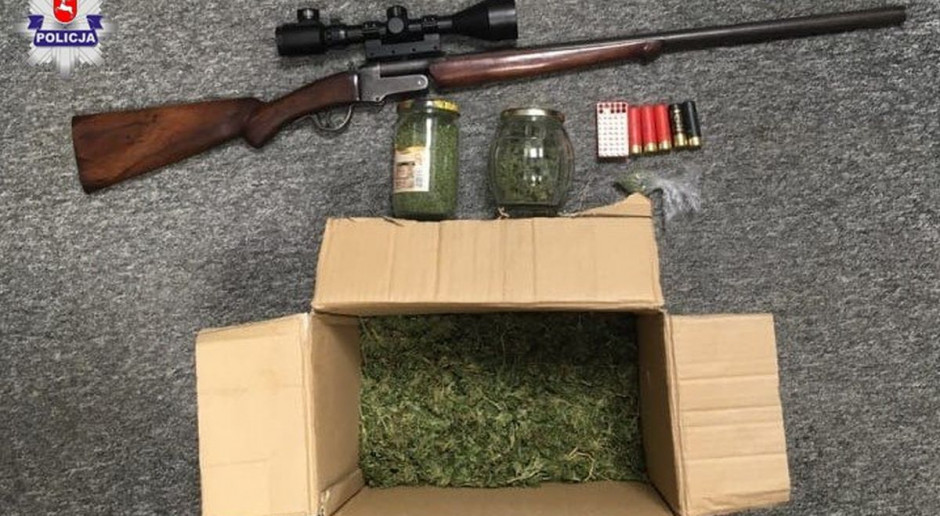 Plantator na nielegalnym polowaniu