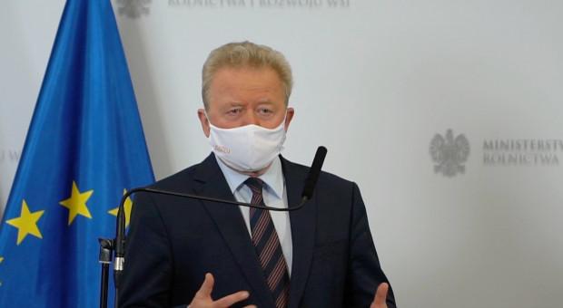 Komisarz Janusz Wojciechowski składa rolnikom życzenia