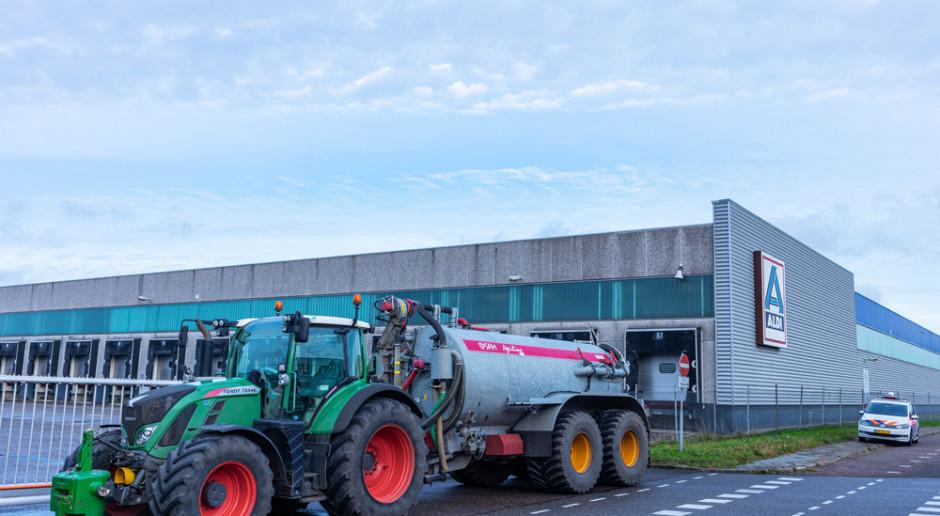 Niemcy: Rolnicy blokowali magazyny centralne Aldi