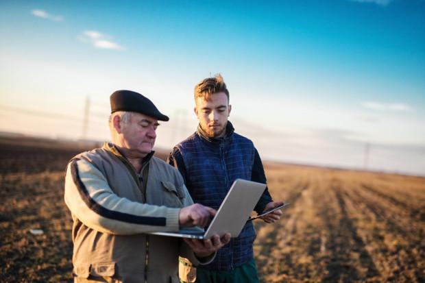 Zakupy środków do produkcji rolnej w internecie a bezpieczeństwo