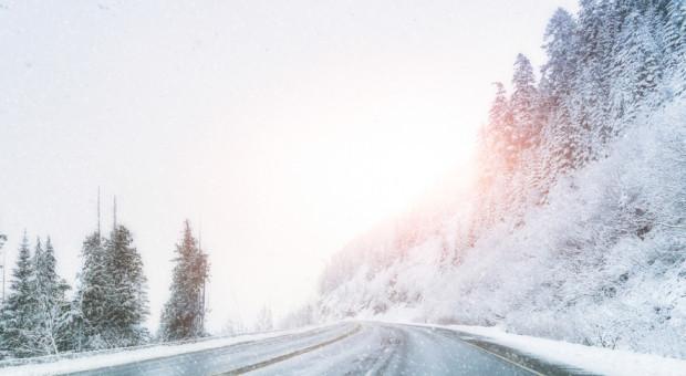 IMGW ostrzega przed oblodzeniem dróg w dziewięciu województwach