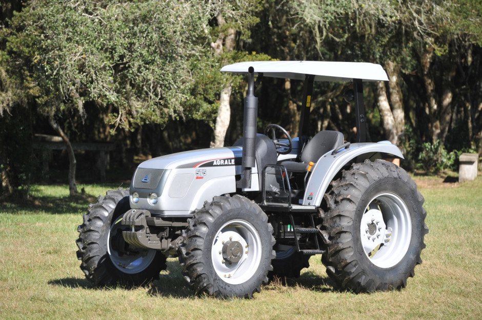 Brazylijski ciągnik Agrale 575 Super wyposażony w silnik Perkins o mocy 102 KM, fot. mat. prasowe