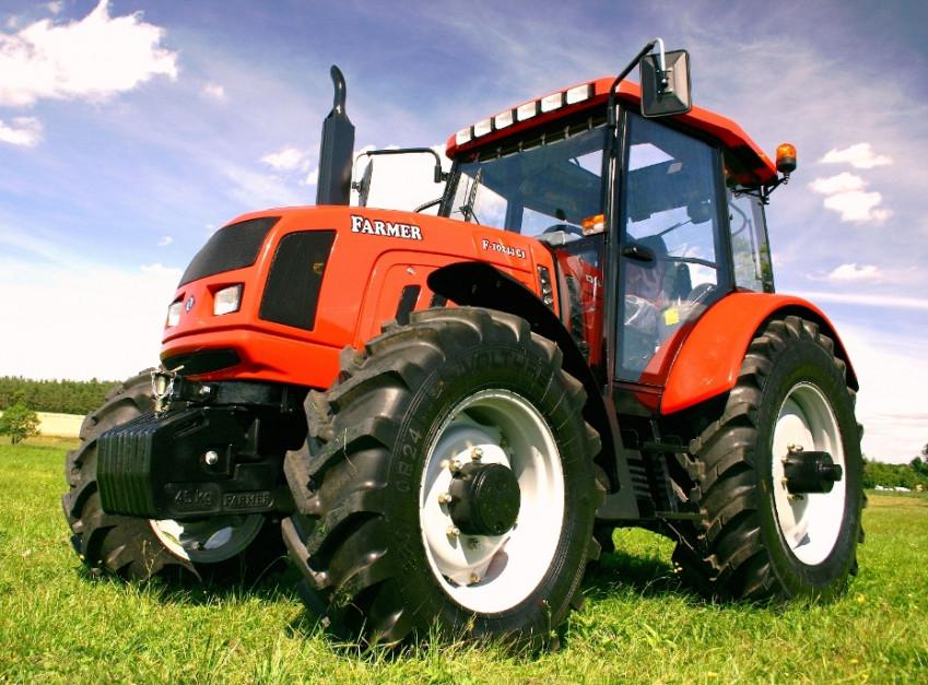 Farmer F-10244 C1 z silnikiem MMZ o mocy 105 KM, fot. mat. prasowe