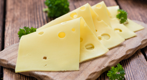 Przemysł mleczarski UE domaga się zniesienia karnej taryfy na sery